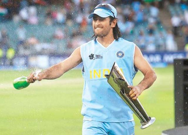Struggle biography of Mahendra Singh dhoni - Sports Big News